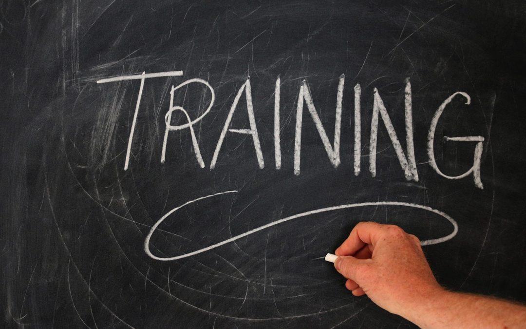 Tréningek, képzések bejelentése, engedélyezése